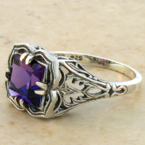 #731 VINTAGE .925 STERLING SILVER ANTIQUE STYLE LAB AMETHYST RING SIZE 9