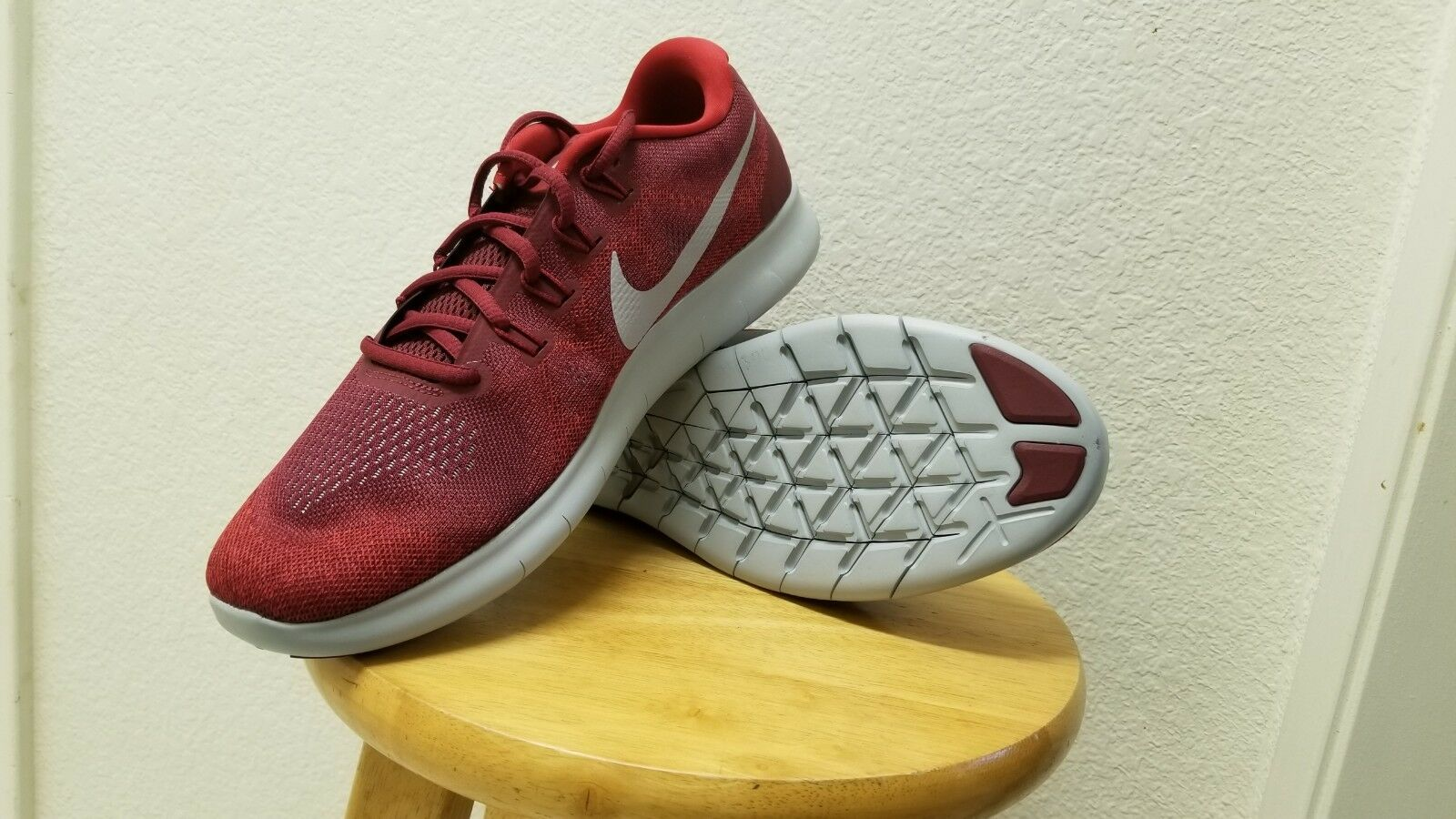 Nike Mens Shoes NEW Free RN 2018 880839 Team Red/ Wolf Gray/ Tought Red Size 10