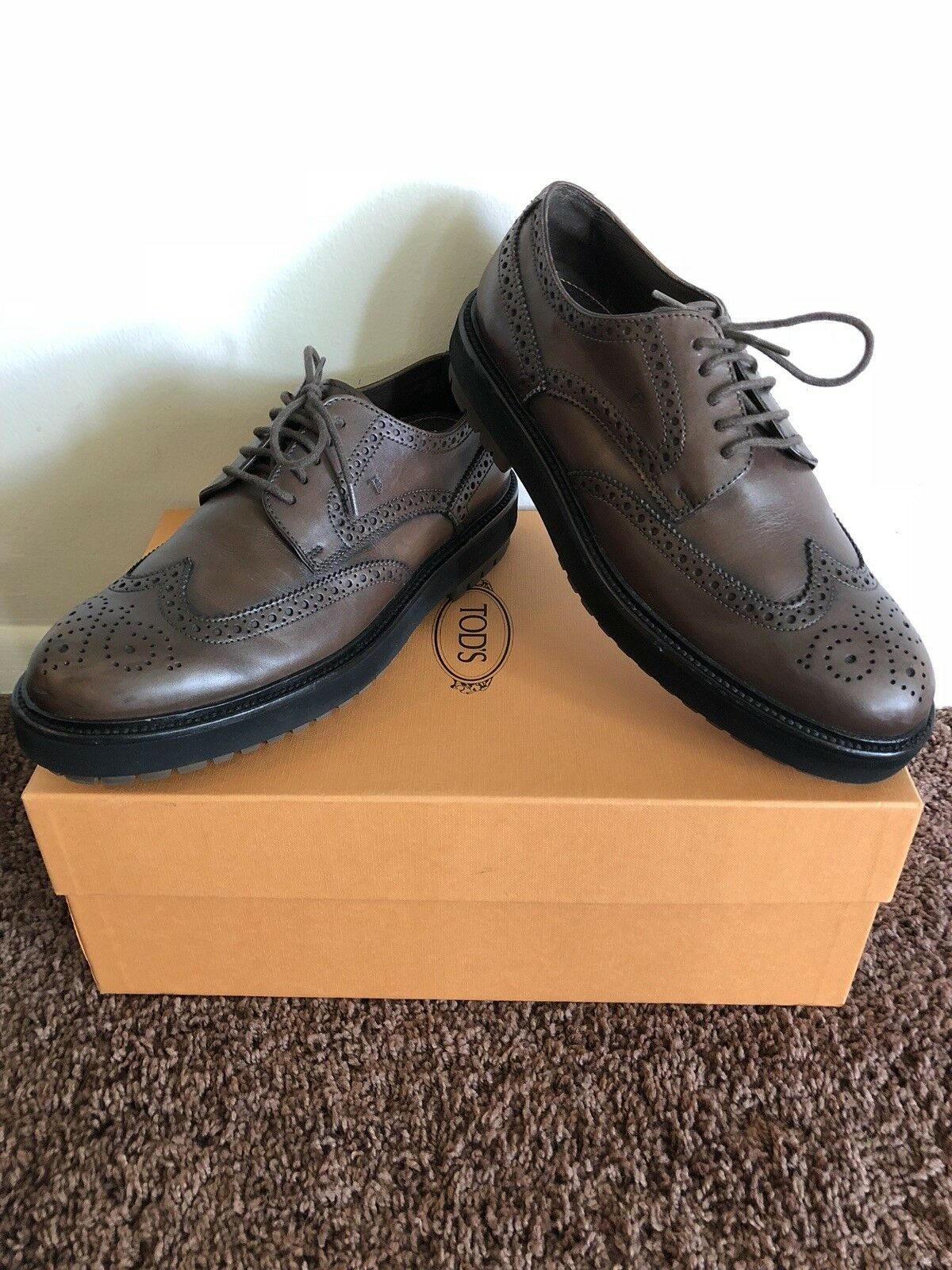 Tod's Mens Shoes Size 7 Casual leather fashion.