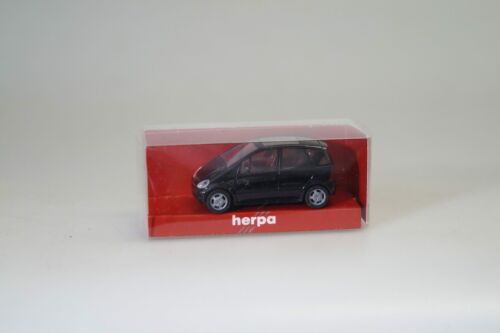 neu 1:87 Herpa 023108 MB A-Klasse facelift schwarz