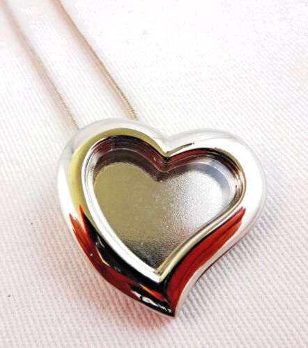 Heart Locket Necklace Love Silver Holds Keepsake 16 Inch Snake Chain Clasp