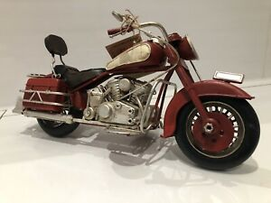 Metal Tin Red & White Motor Bike Model Harley Davidson Cruiser Style '27cm'
