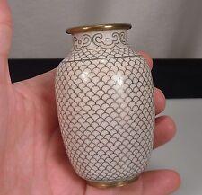 "Chinese Cloisonne White Fish Scale Vase 3.75"""