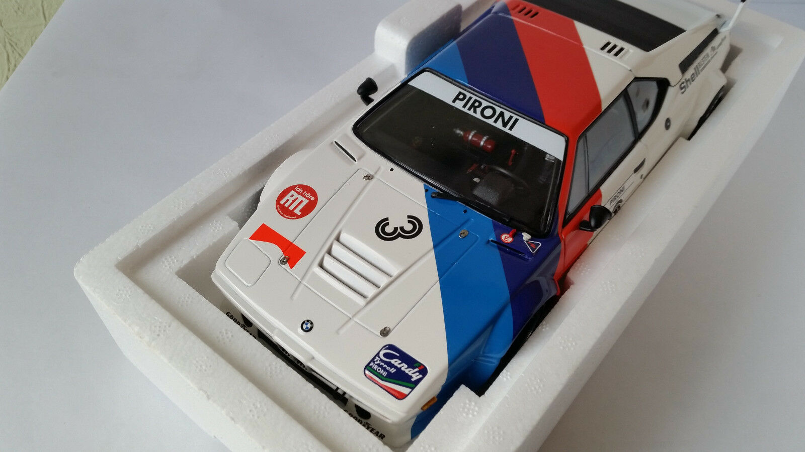 1 18 Minichamps BMW m1 BMW Motorsport Procar Series D. PIRONI 79' Lim. Ed neuf dans sa boîte En parfait état, dans sa boîte
