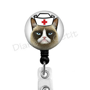 Badge Holder & Accessories New Design 1 Piece High Quality Retractable Nurse Badge Reel Clip Cartoon Cat Series Doctor Students Id Card Badge Holder