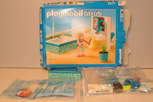 D517 playmobil city life 39 5577 bathroom salle de bain for Salle a manger playmobil city life