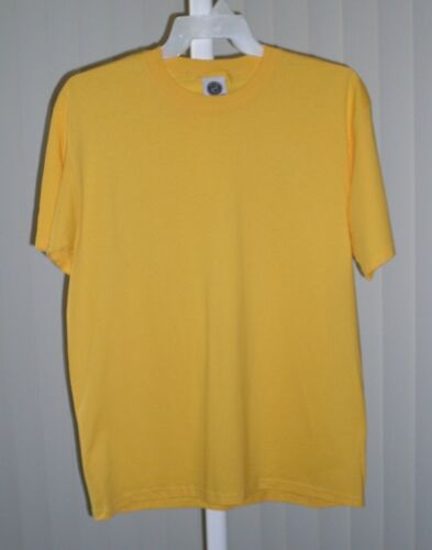 Tee Shirt Short Sleeve Plain Yellow  NWOT Size Large