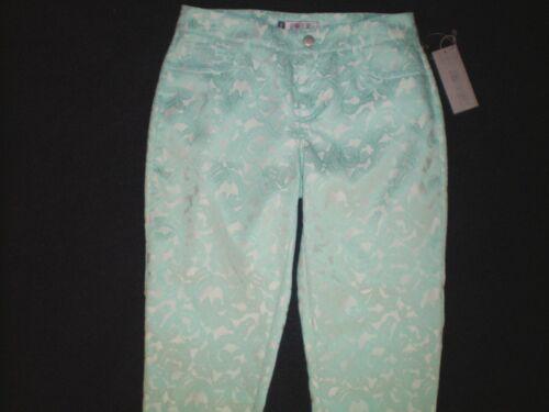 NWT NEW womens size 0 2 4 6  aqua blue white JENNIFER LOPEZ dressy capris pants