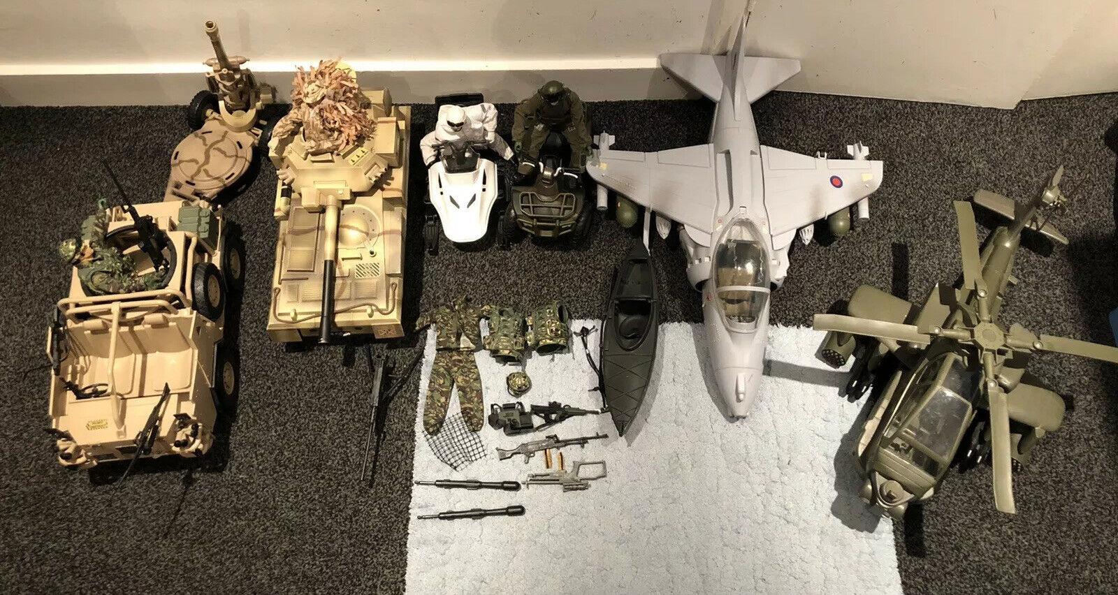 HM väpnade styrkor Toy Action Figurer Bundle Helikopter Fighter Plane Tank Quad Gun