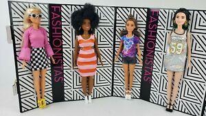 Barbie Fashionista 104 Pink Shirt Glasses Doll loose