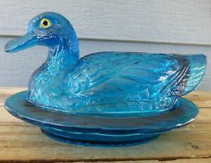 Vintage Westmoreland Millennium Teal Blue Glass Large Duck on Nest Wavy Base