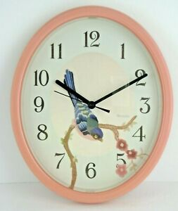 Westclox-Wall-Clock-Oval-Needlepoint-Look-Bird-Pink-Plastic-Frame-Quartz-USA-11-034
