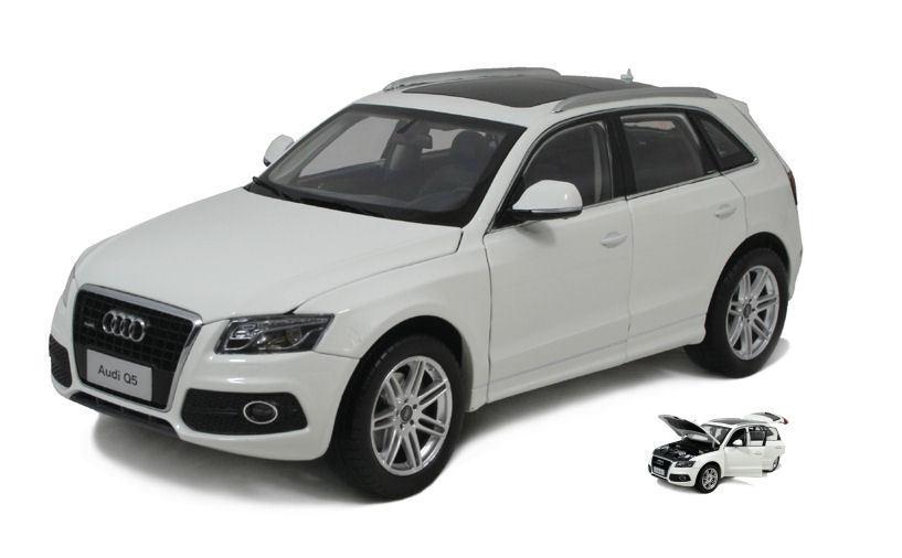 Audi Q5 2010 bianca 1:18 Model PAUDI MODEL