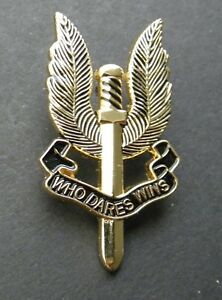S.A.S pin badge Gold wings Special Air Service British Army Who dares wins.