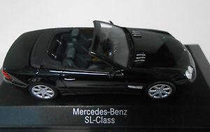 MERCEDES-BENZ-CLASE-SL-OBSIDIAN-MET-MINICHAMPS-DEALER-1-43