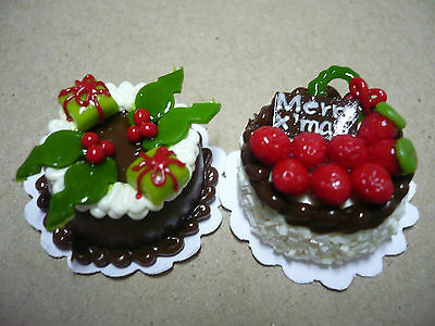 2 cm Set of 6 Christmas Cakes Dollhouse Miniature Food Deco Holiday Season