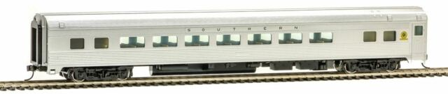 WALTHERS MAINLINE HO SCALE 1/87 85' BUDD LARGE WINDOW COACH SOU | 910-30012
