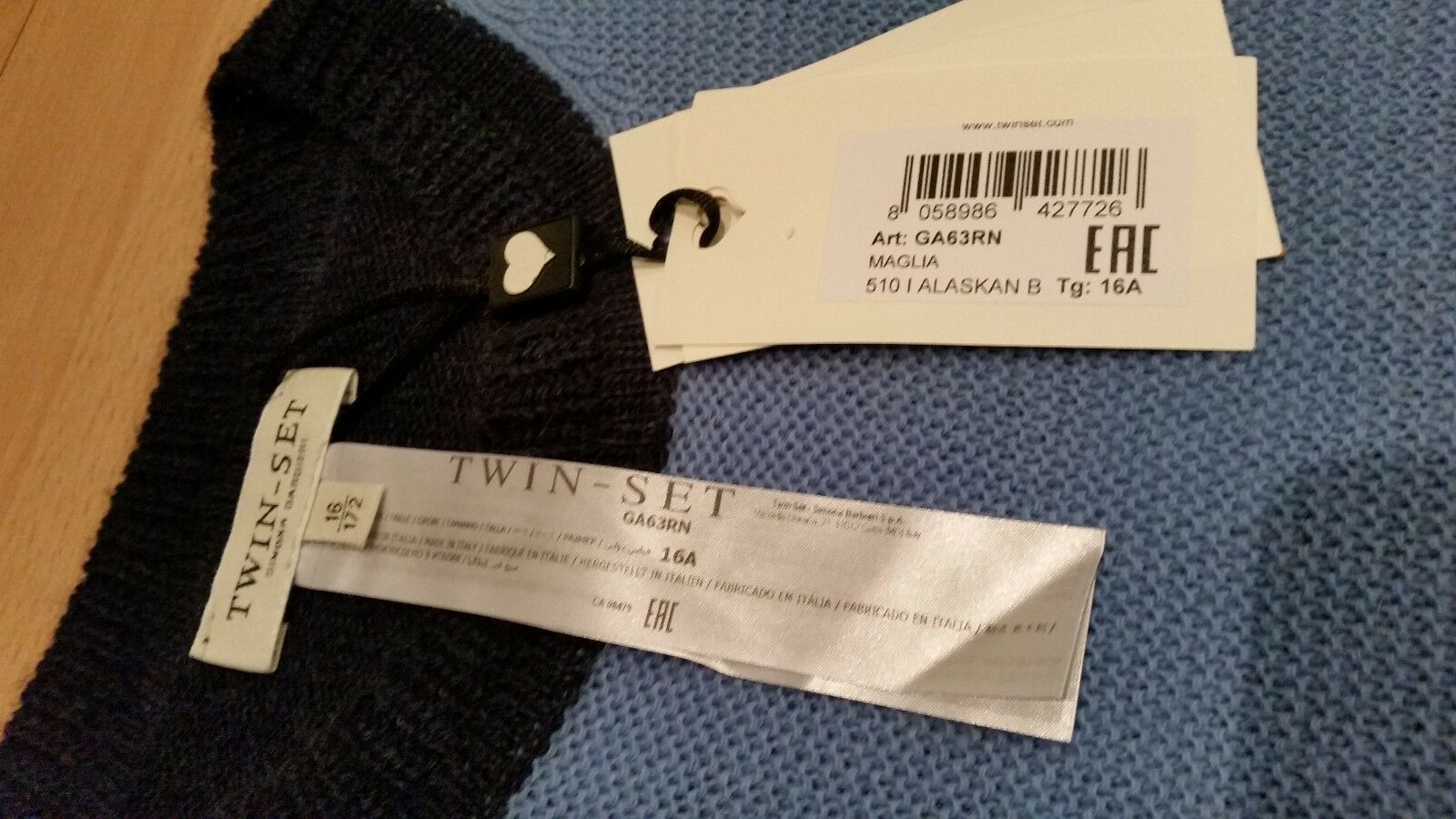 100% AUTHENTIC Twin - Set cardigan size 16Y new new new a844e6