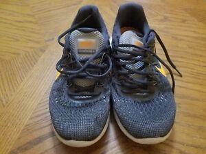 ef7fe12028f Nike Lunarglide 8 VIII Men s Running Shoes Used Wolf Grey Citrus ...