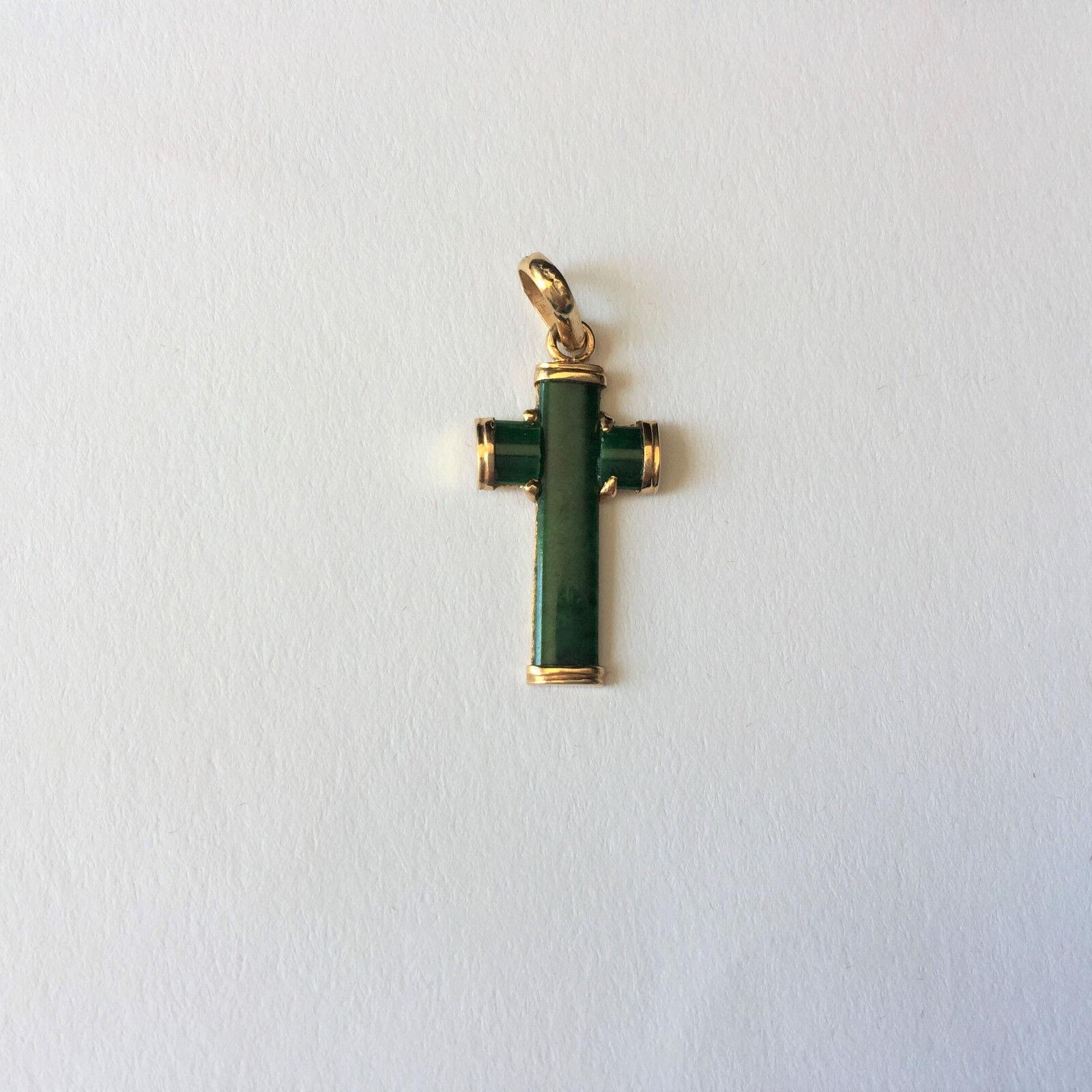14K Yellow gold Cross Jade Pendant - P448