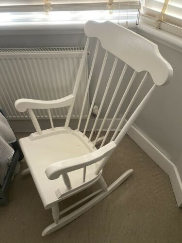 White Painted Vintage Wooden Rocking Chair Nursing Chair