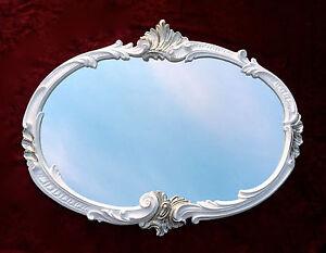 Specchio da parete barocco ovale bianco argento 52x42 for Specchio barocco argento