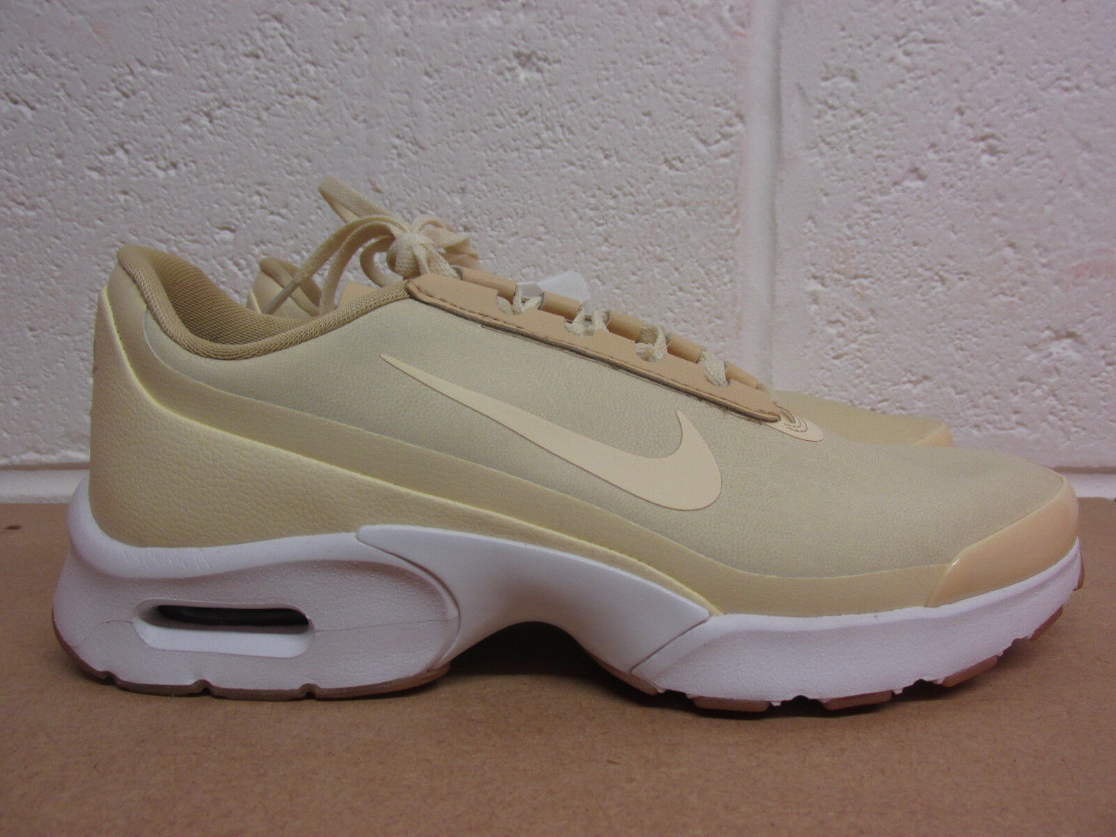 Nike air max jewell 896195 100  Femme  trainers sneakers  chaussures  SAMPLE