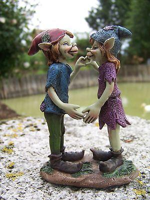 97160 Figurine Troll Amoureux Couple St Valentin Lutin Pixie Elfe Farfadet