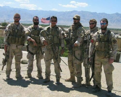 OPERATION RED WINGS NAVY SEALS MARCUS LUTTRELL 11X14 PHOTO NAVY SURVIVOR