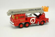 Tomica Dandy 1/82 - Snorkel Fire Engine Pompiers