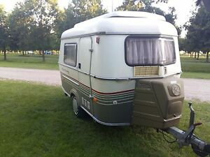 93-Eriba-Puck-Touring-Caravan-Tiny-Small-Retro-Lightweight-Pop-Top-FULL-SERVICE