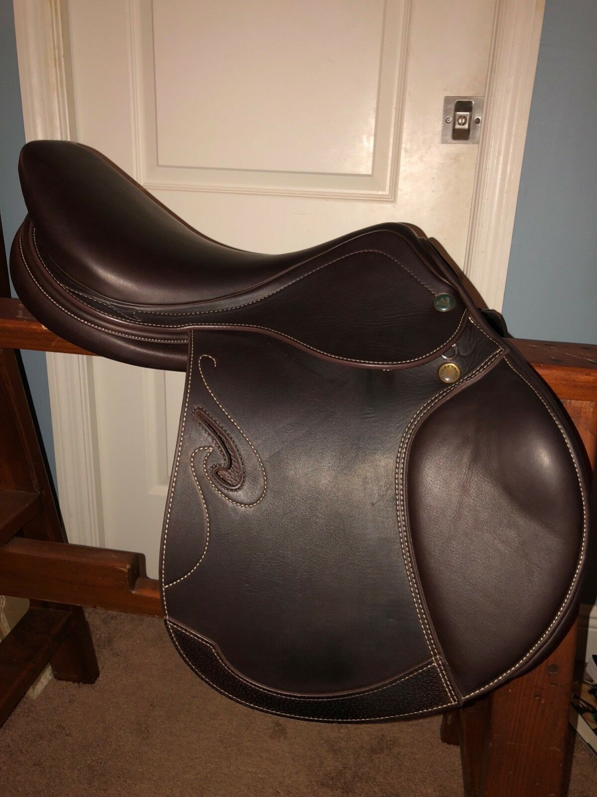"""17-17 1 2"""" Prestige Passion D  Close Contact Jumping Saddle, Excellent Demo cond.  exciting promotions"""