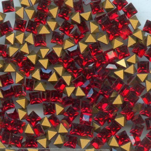 4401 4 S *** 20 strass Swarovski vintage carrés réf 4401 4mm SIAM