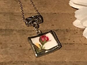 Recycled-Broken-Porcelain-Jewelry-Royal-Albert-Old-Country-Roses-Pendant