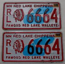 "2 USA Nummernschilder Indianer ""Red Lake Chippewa Indians"" Indianhead.Paar.12227"