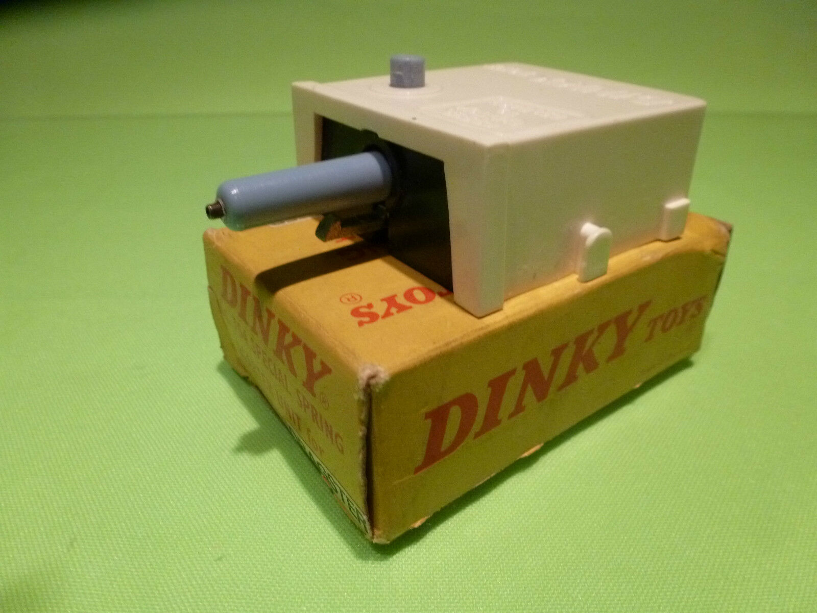 DINKY TOYS  754 SPECIAL SPRING STARTER UNIT DRAGSTER  -RARE SELTE - GOOD IN BOX