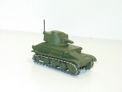 véritable Char light tank militaire modéle1940/' ref 152 a Dinky toys