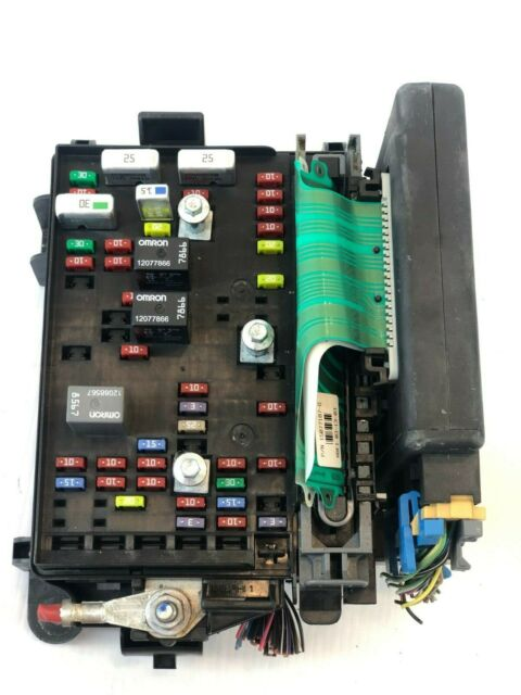 2002 2003 Gmc Envoy Engine Fuse Box Relay Oem