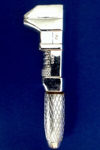 Vintage-Avon-Perfume-Bottle-Firm-Grip-Wild-Country-After-Shave-Silver-Wrench
