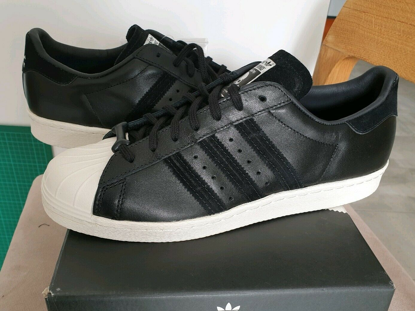 Mastermind Japan x Adidas Superstar 80s nero bianca 9.5 stan smith boost
