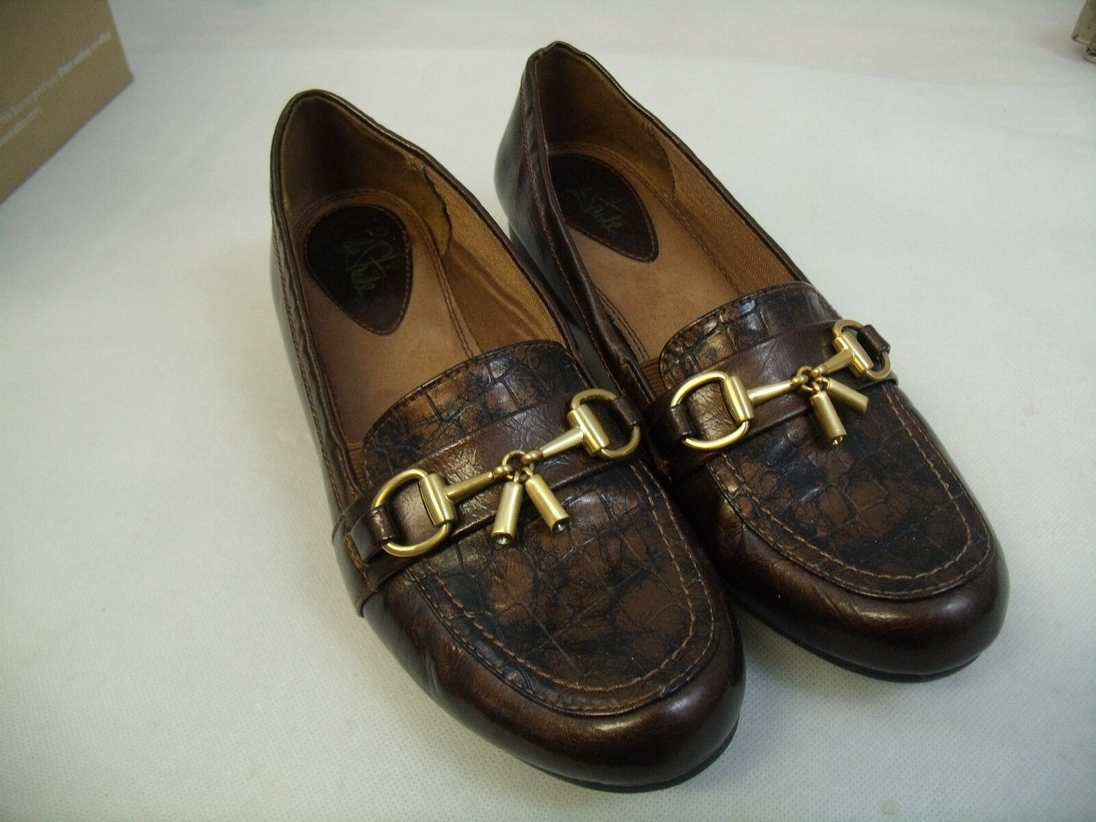 C67 LIFE STRIDE DELFINO ESPRESSO BROWN WITH METAL 8M TASSEL LOAFERS  SIZE 8M METAL  EUC 0b80be