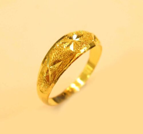22K GOLD Sparkling kid  ring from Thailand SIZE 4.25 #b5