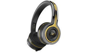4282fb6c708 Monster Roc Sport Freedom Wireless Headphones Bluetooth Cristiano ...