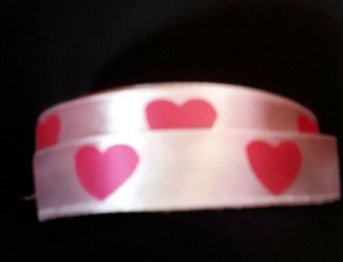 2XYARDS aprox15mm WIDE SATIN RIBBON PALE  PINK WITH DEEP PINK HEARTS