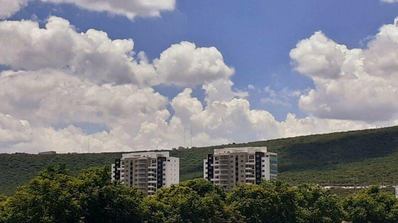 Departamento en Venta  en Vitea Gardens, Querétaro, 3 Recámaras