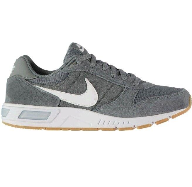 reputable site d0931 c2d37 Nwb nike nightgazer formatori Uomo grigio   bianco le le le scarpe sportive  ginnastica noi 9