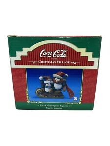 Coca-Cola-Kurt-Adler-Christmas-Village-Figurine-Penguins-with-Scarves-4-034-Coke