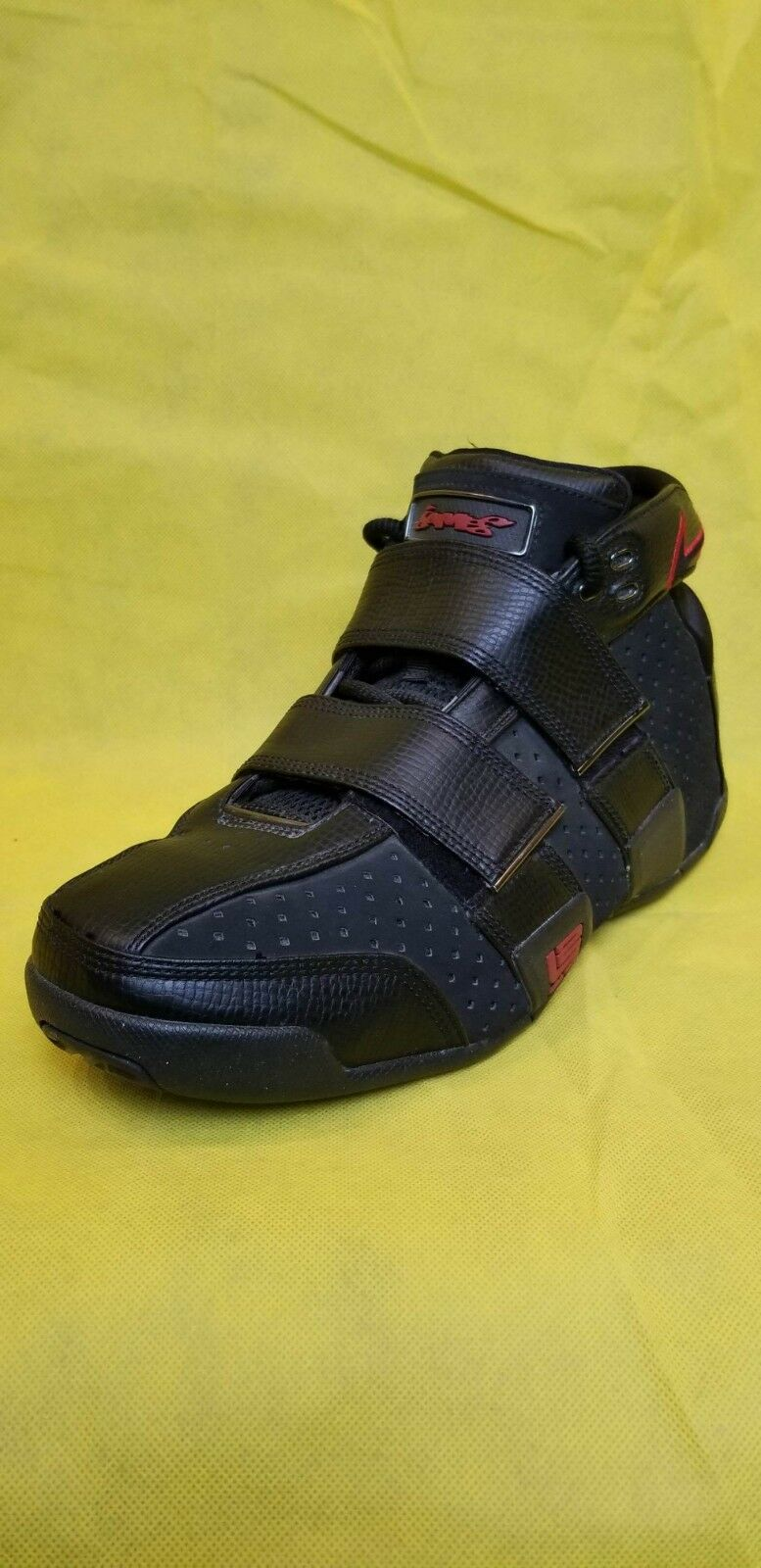 c5ed2a5c1a Men's RARE 2005 ZOOM LEBRON Rookie 20-5-5 Black & Red (Size 12) NIKE  ntyjgt1473-Athletic Shoes