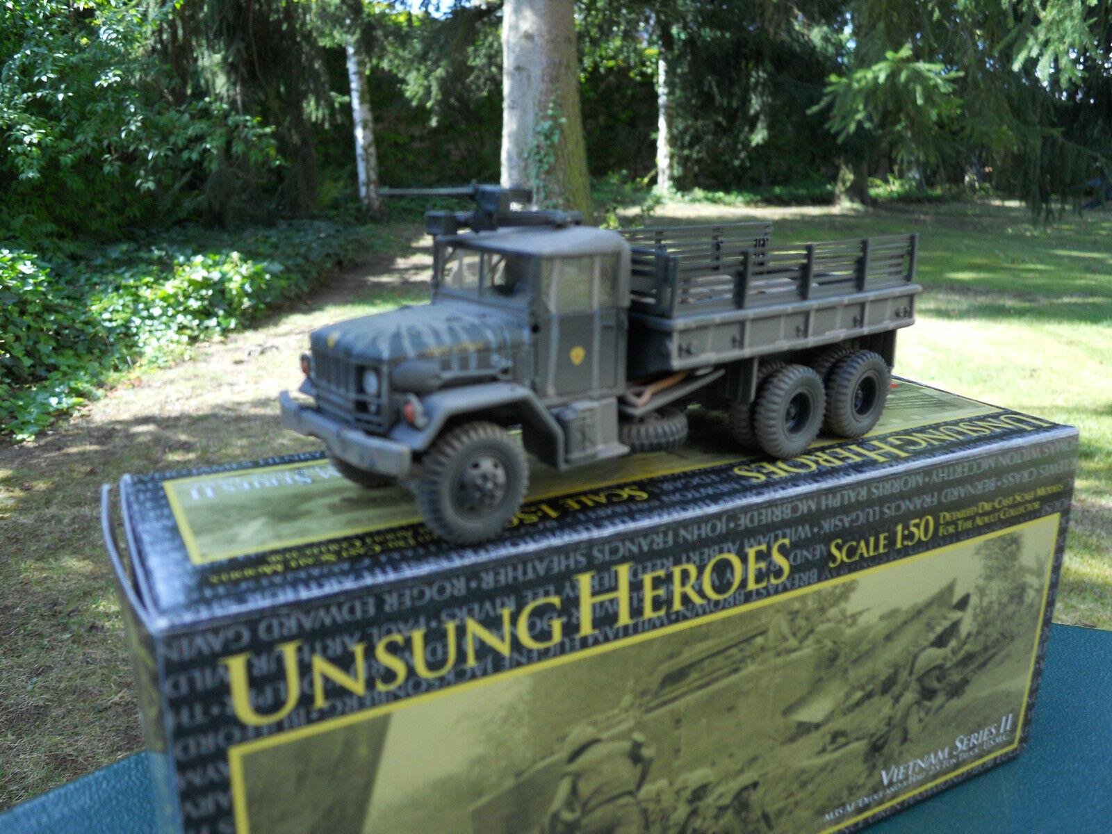 CORGI MILITAIRE REF 50204 UNSUNG HEROES  US  2,5 ton Truck M35 A1 USMC