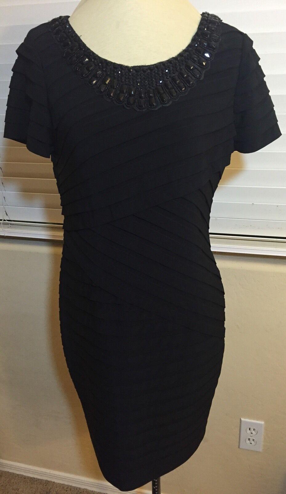 Adrianna Papell Embellished Neck Banded Pleat Sheath Dress  schwarz Größe  10P